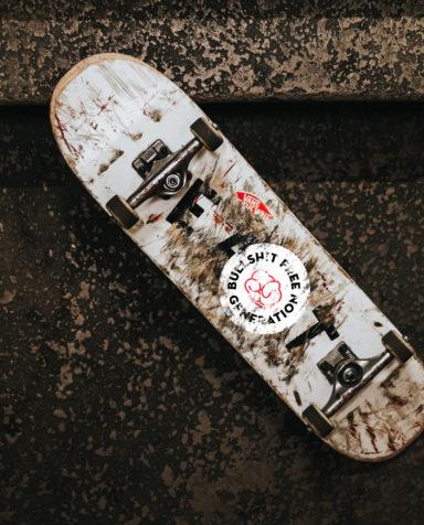 Gezond leven, Bullshit Free Generetion, Branding, grafisch ontwerp antwerpen, campagne, website, slogan, skateboard