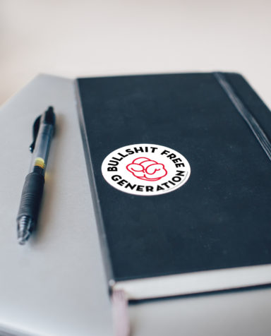 Gezond leven, Bullshit Free Generetion, Branding, grafisch ontwerp antwerpen, campagne, website, slogan, notebook